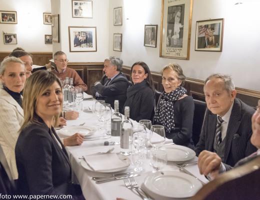 Da destra: il Marchese Giuseppe Gustavo Ricci Paracciani Bergamini, la Principessa Maria Eleonora Massimo, Bo, Enrico Iacometti, il Vice Questore Emidio Della Gala, Betty Dessy e la signora Frullani.